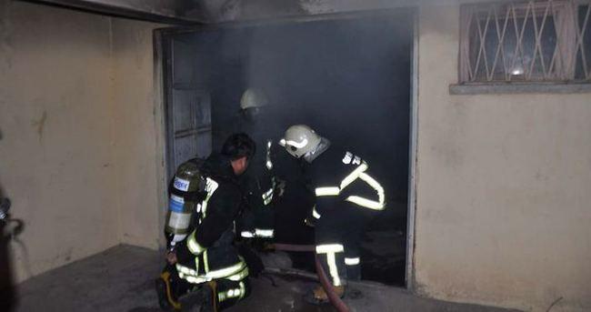 8 katlı apartmanda yangın paniği