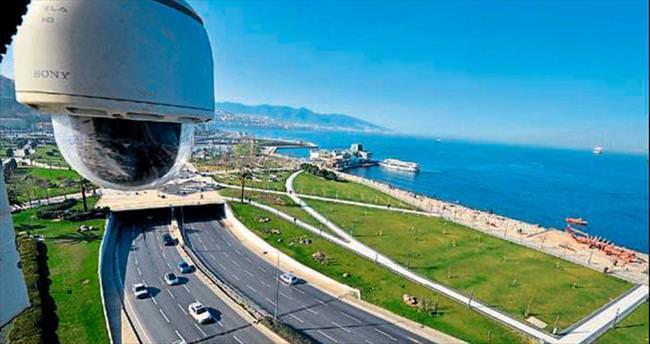 İzmir kuşbakışı izleniyor