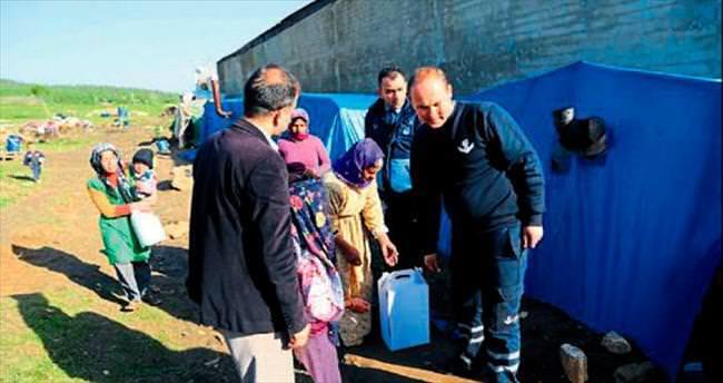 Torbalı'daki Suriyeli ailelere kışlık yardımı