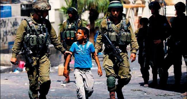 İsrail, 9 yaşındaki çocuğu gözaltına aldı