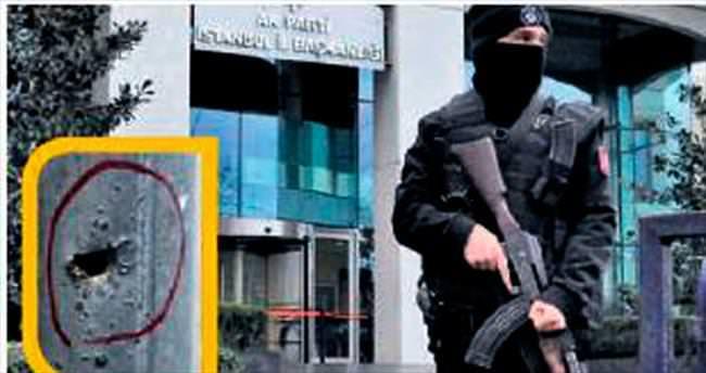 AK Parti il binası önünde silah sesi