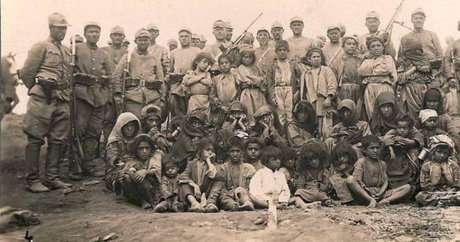 Katliamdan önce köylüyle kebap yemişler