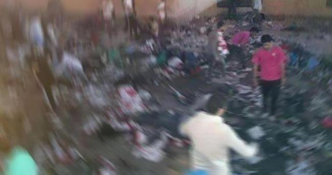 Mısır'da taraftar ile polis arasındaki çatışmada 22 kişi öldü