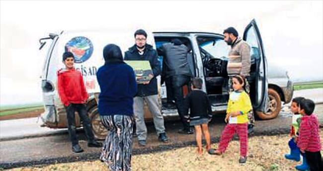 24 bin Suriyeliye sınır ötesi yardım