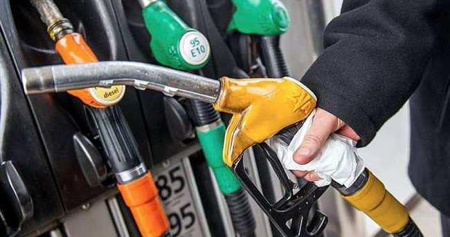 Petrol fiyatları düşüşe geçti