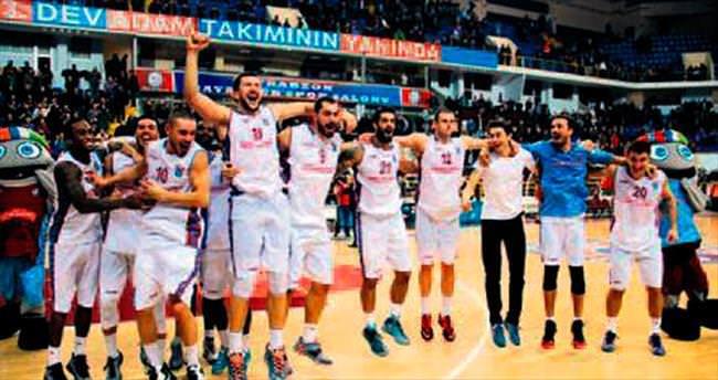 Trabzonspor 4'te 4 peşinde