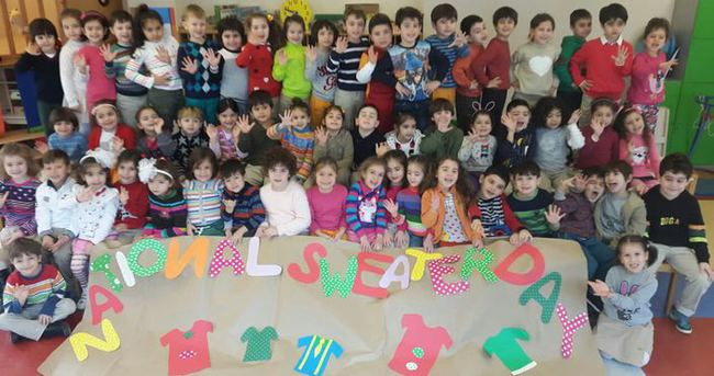 "Doğa Koleji'nden ""National Sweater Day"" kutlaması"