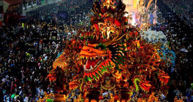 En büyük parti: Rio Karnavalı