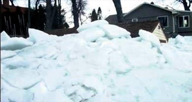 Buz tsunamisi
