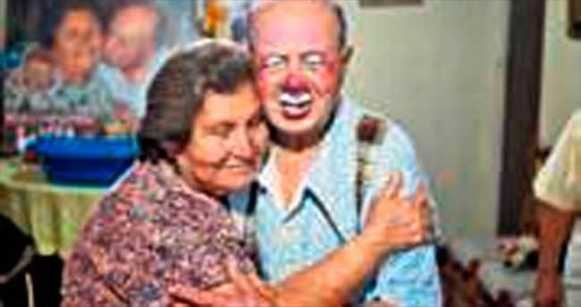 Palyaçoluğa adanan 91 yıllık bir ömür