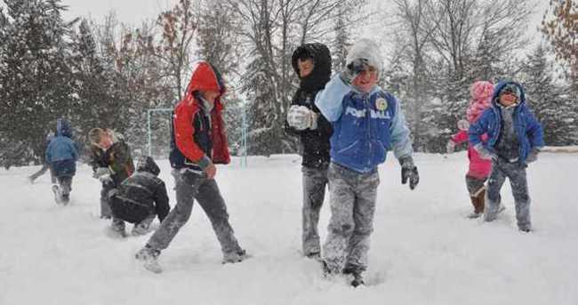 Yarın okullar tatil mi 12 Şubat? Bugün hava nasıl olacak?