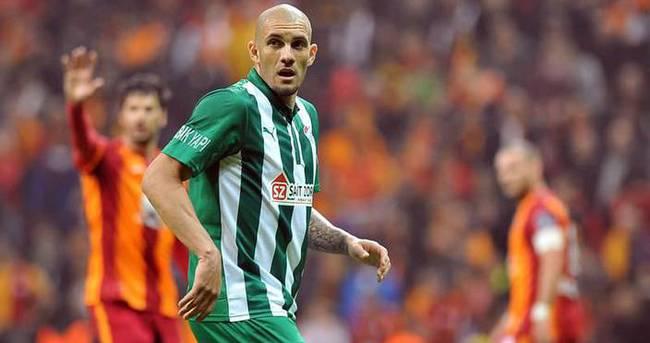 Fenerbahçe ile Galatasaray transferde karşı karşıya!