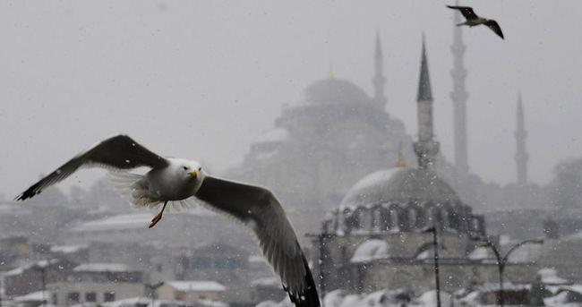 İstanbul'da yarın da kar bekleniyor