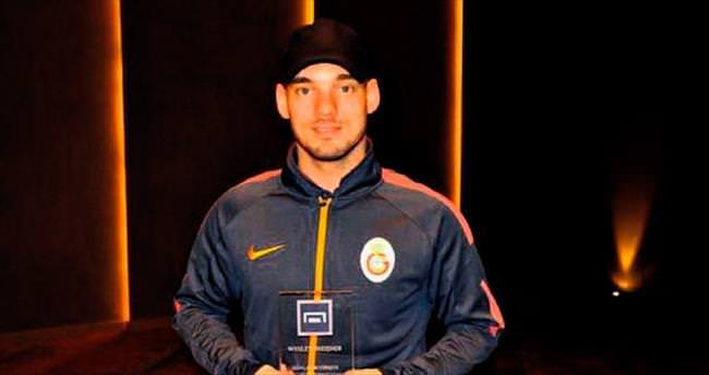 Yılın futbolcusu Sneijder