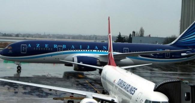 Boeing 787 tipi Dreamliner ilk kez Atatürk Havalimanı'nda