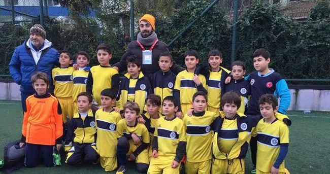 Şampiyon U11 Yıldız Kanarya'ların talibi arttı