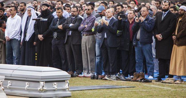 ABD'de öldürülen 3 Müslüman genç defnedildi