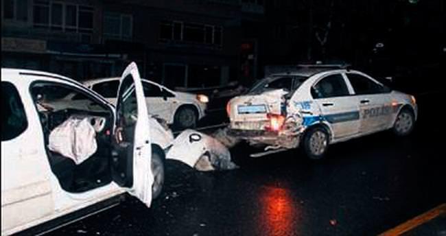 Dikkatsiz sürücü kazaya neden oldu