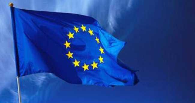 AB Schengen'i sıklaştırıyor