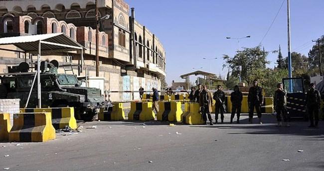 Yemen'den büyükelçiliklerini çektiler