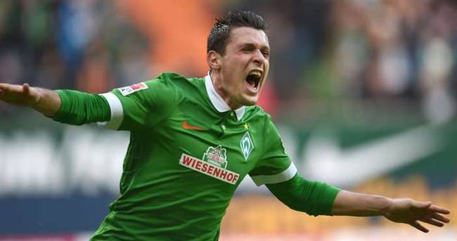 Werder Bremen, Junuzovic ile uzattı