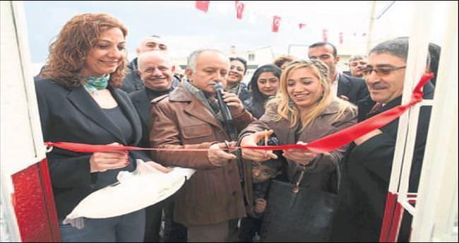 Bayraklı'da 25'inci semt merkezi açıldı