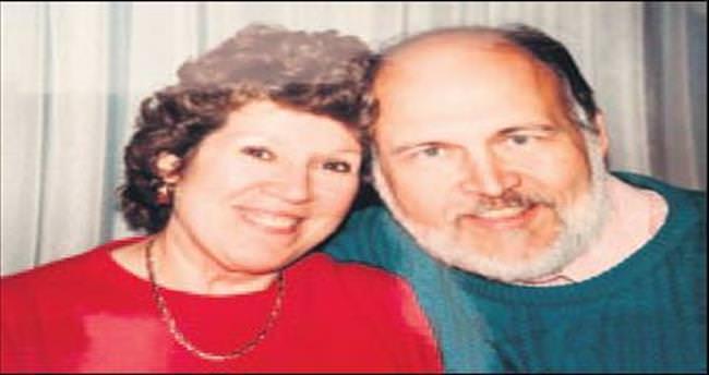 Eşine 40 yıldır aşk mektubu yazıyor