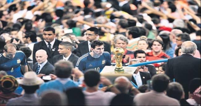 Yılın spor fotoğrafı Lionel Messi'nin