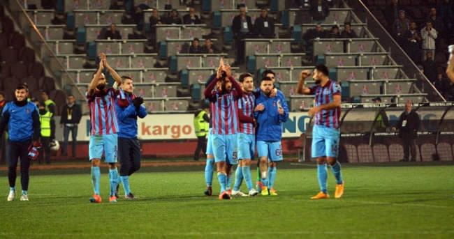 Trabzonspor lige sarılmak istiyor