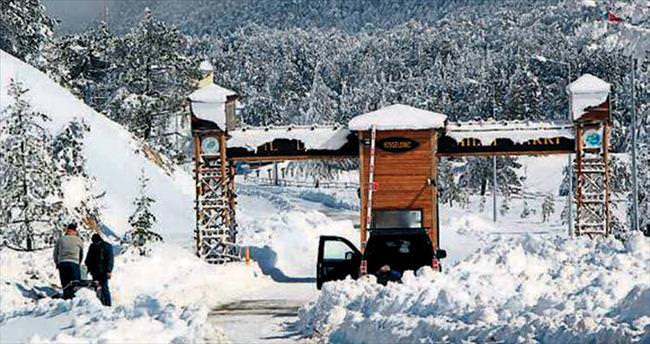 Spil'de kar kalınlığı iki metreye ulaştı