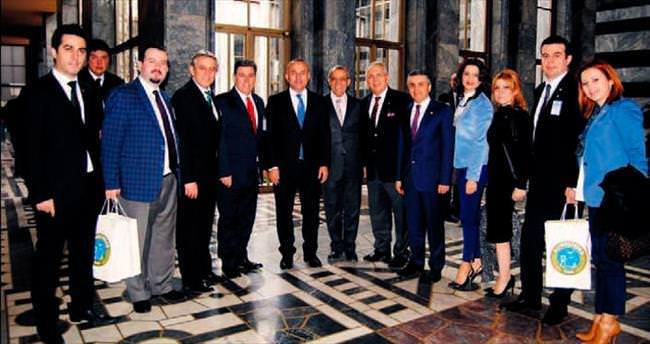 Balkan zirvesine Başbakan desteği