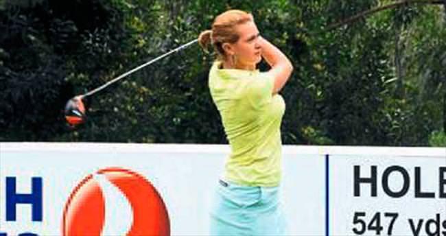 Dünyanın en iyi golfçüleri geliyor