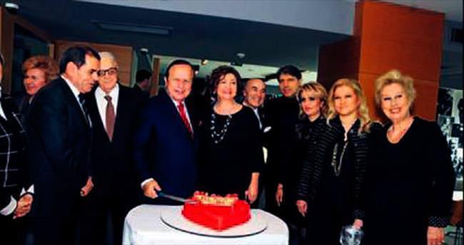 74'üncü yaşgününü kutladı