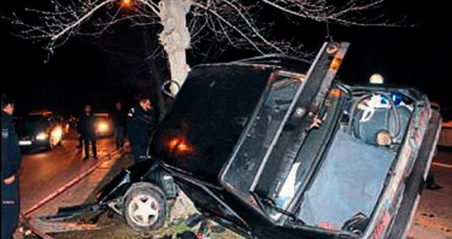 İki ayrı kazada 3 kişi yaralandı