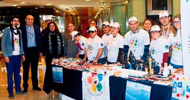 Engelli öğrenciler ürünlerini sergiledi