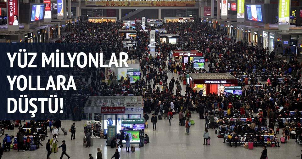 Çin'de yüz milyonlar yollara düştü