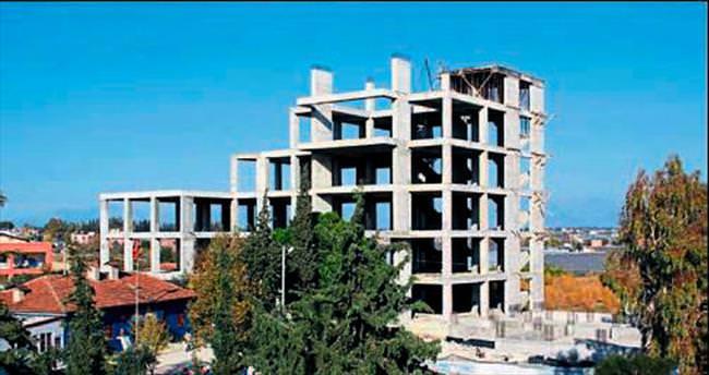 Yarım binalar tamamlanıyor
