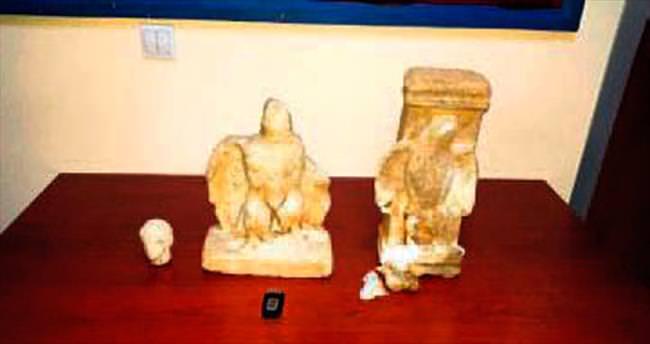 Araçtan Roma heykelleri çıktı