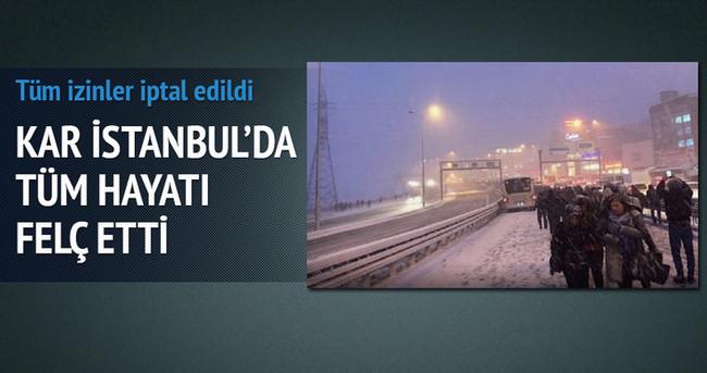 İstanbul'da hayat felç! Metrobüsler durdu