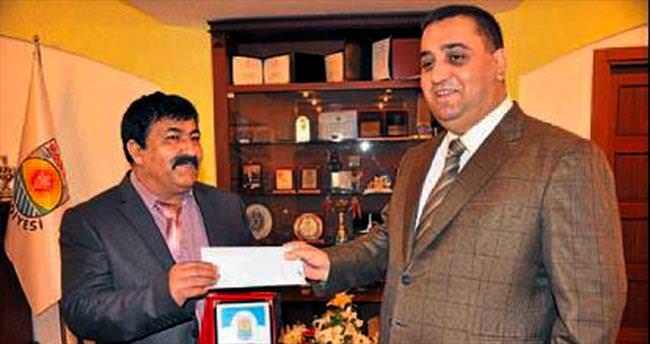 Tarsus'ta emeklilere tazminatları veriliyor