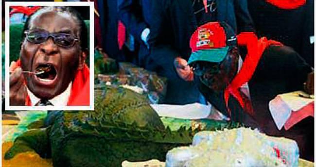 Mugabe'nin yaş günü mönüsü: Fil ve aslan