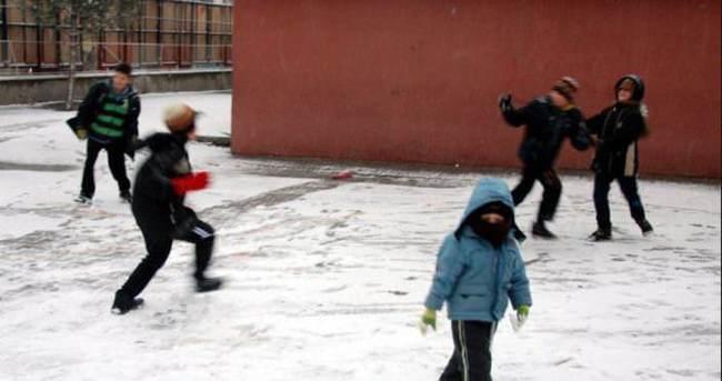20 şubat yarın İstanbul'da okullar tatil mi?