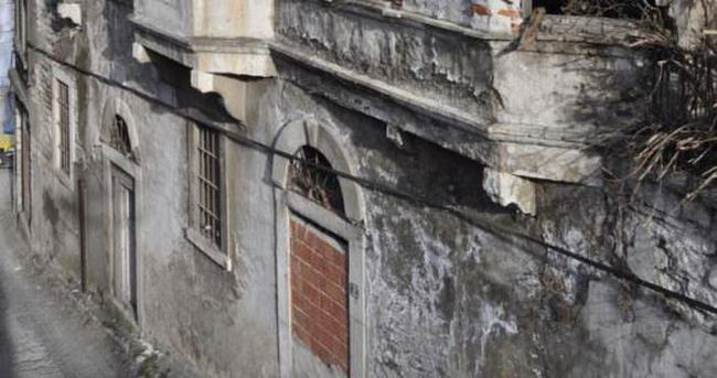 Risale-i Nur'un ilk kez basıldığı bina yenilenecek