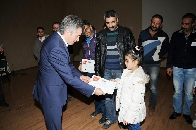 Badep'e Katılan Babalar Sertifikalarını Aldı