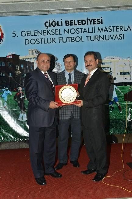 Çiğli'de Nostalji Turnuvasında Ödüller Verildi