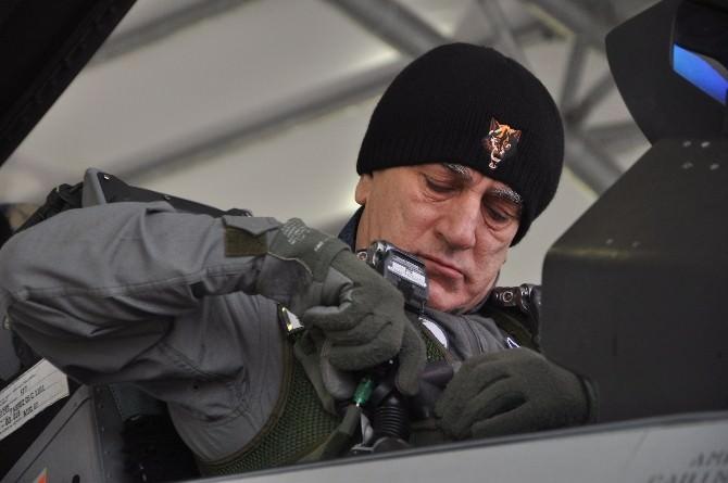 Hava Kuvvetleri Komutanı Orgeneral Öztürk, Ege'yi Jetle Denetledi