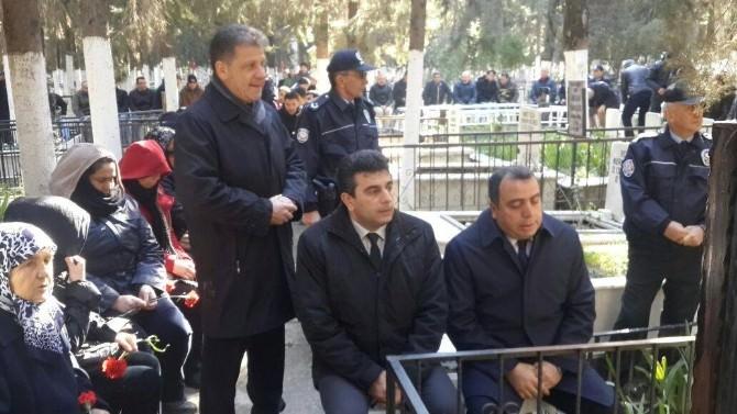 Kuşadası Şehit Polis Fuat Kaplan'ı Unutmadı