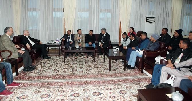 Yemen Bilim Ve Teknoloji Üniversitesi Öğrencileri Atatürk Üniversitesinde