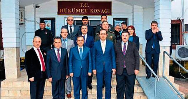 Vali Türker'den Kemer ziyareti