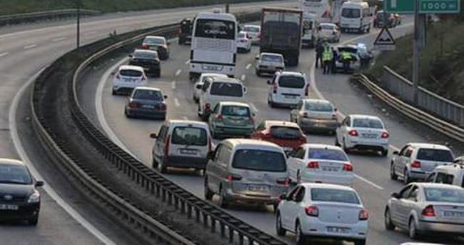 TEM Otoyolu 6 saat trafiğe kapanacak